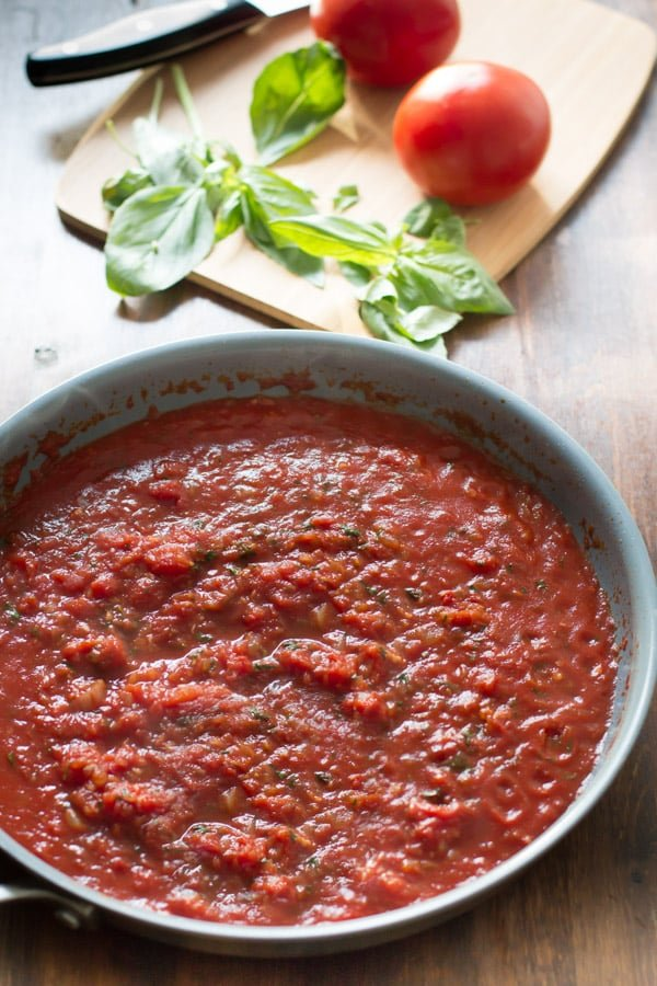 How to make Basic Tomato Sauce - Primavera Kitchen