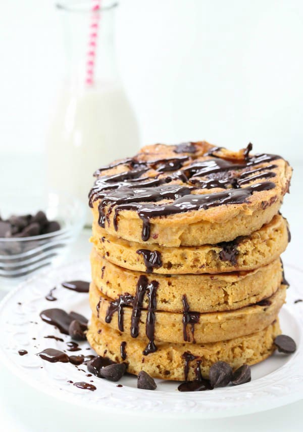 whole-wheat-chocolate-pancakes-600x900