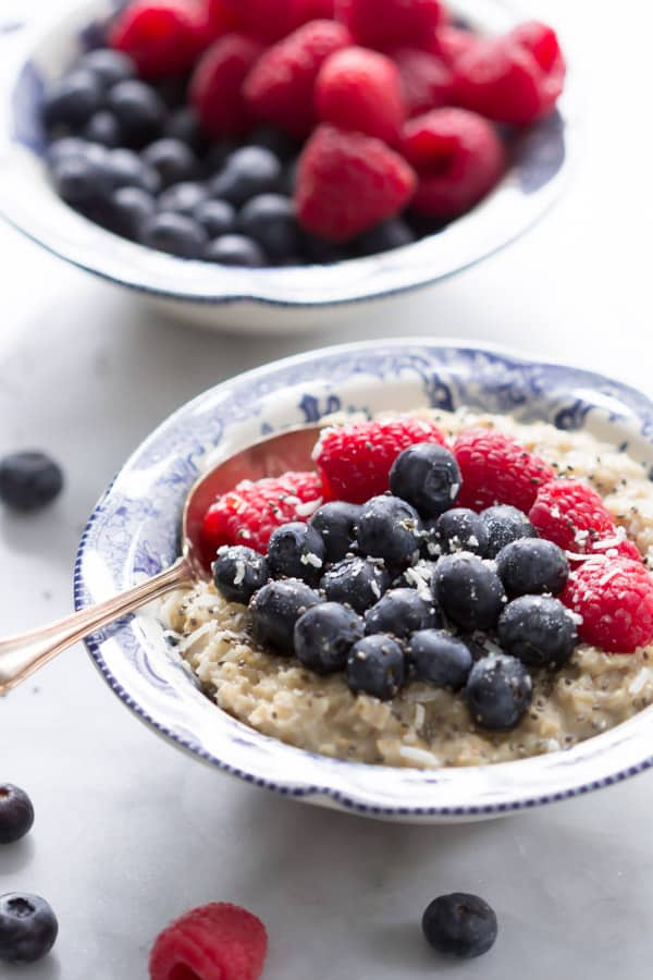 Coconut Berries Oatmeal