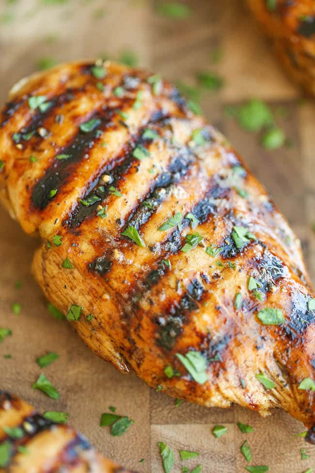 Easy Grilled Chicken from Damn Delicious.