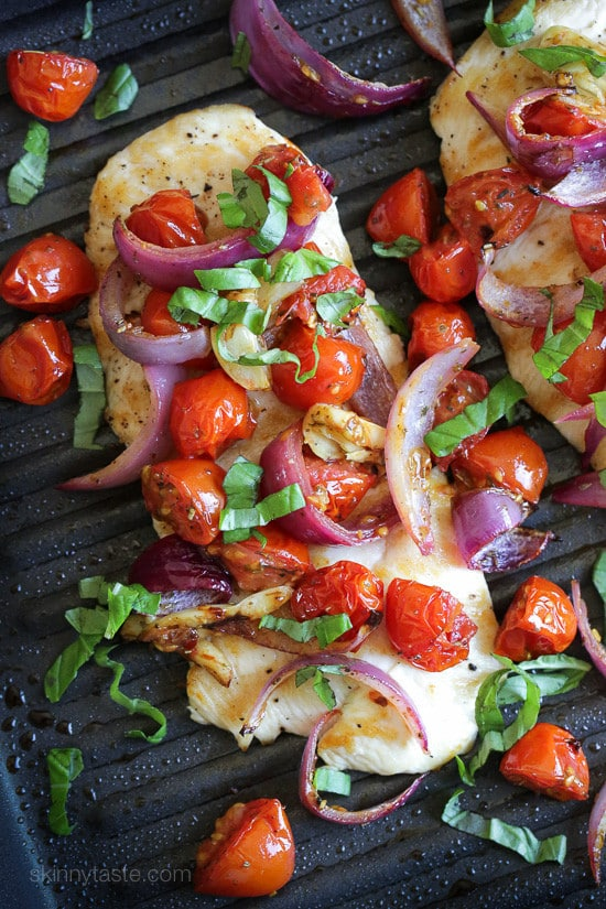 Chicken with Roasted Tomato and Red Onions from Skinny Taste.
