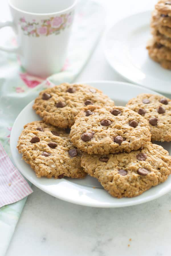 9 Amazing Gluten-free Cookies You Need to Try Right Now - Enjoy these delicious gluten-free cookies made with oatmeal, nuts butter and chocolate chips.