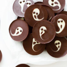 2-ingredient-ghost-chocolate-cups-4