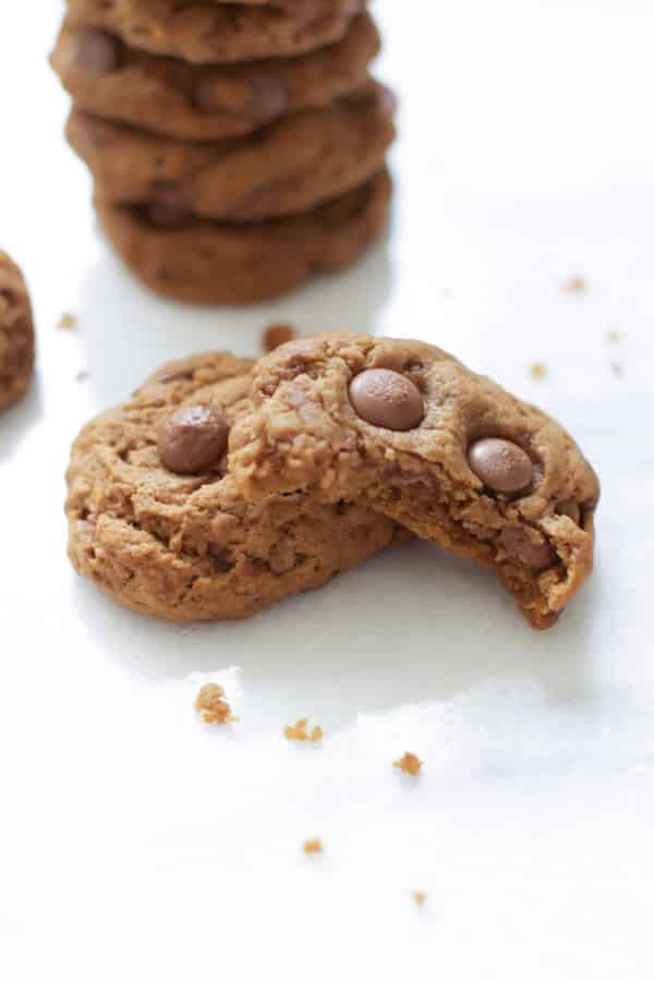 pumpkin-double-chocolate-chip-cookies-3