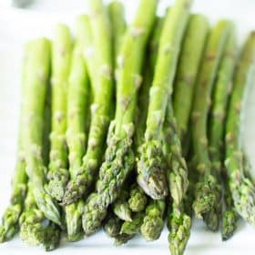 easy and quick roasted asparagus recipe Primavera Kitchen