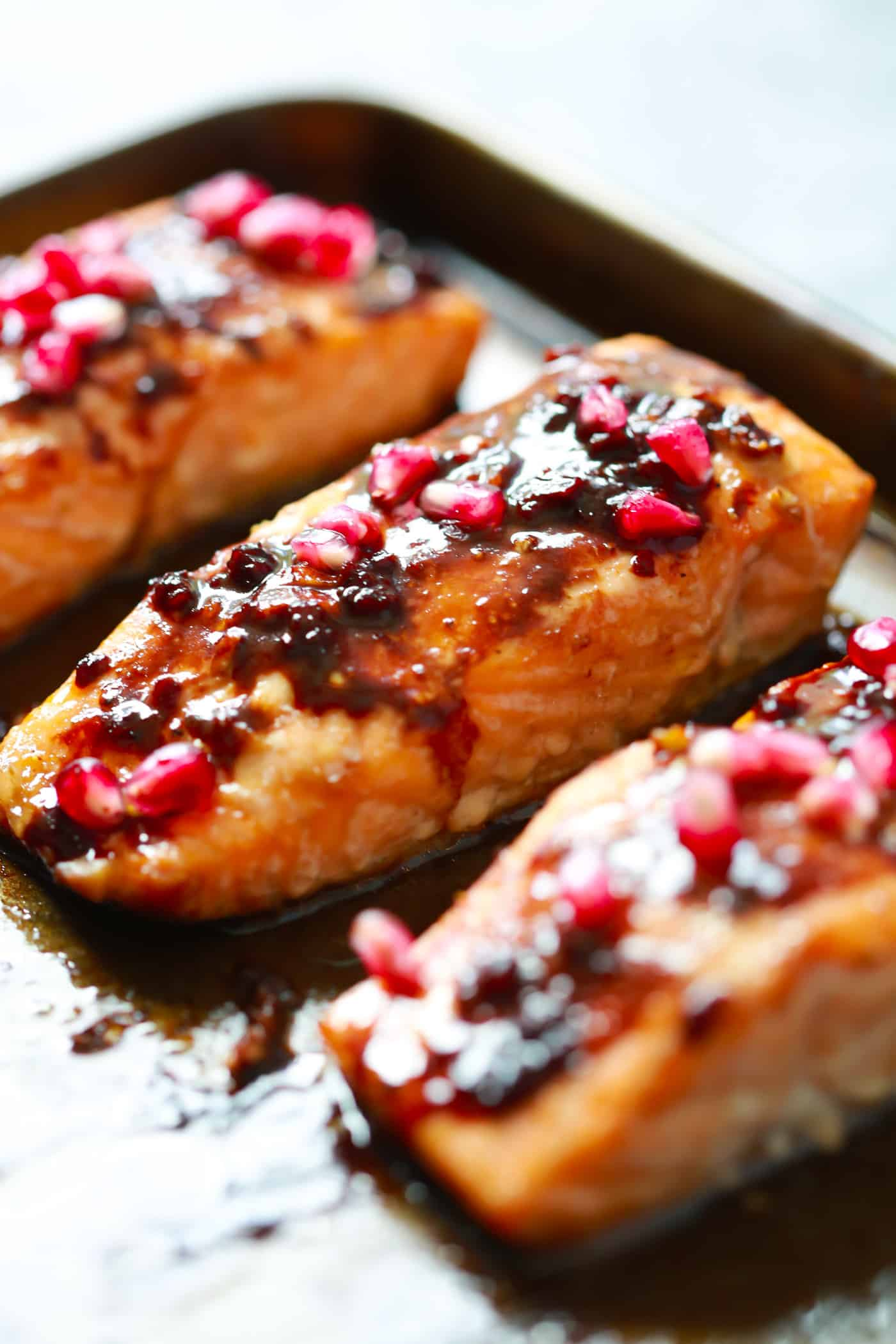 The easiest Pomegranate Glazed Salmon you will ever make. It only requires 4-ingredient and the glaze has no added sugar, but has a delicious tangy flavor!