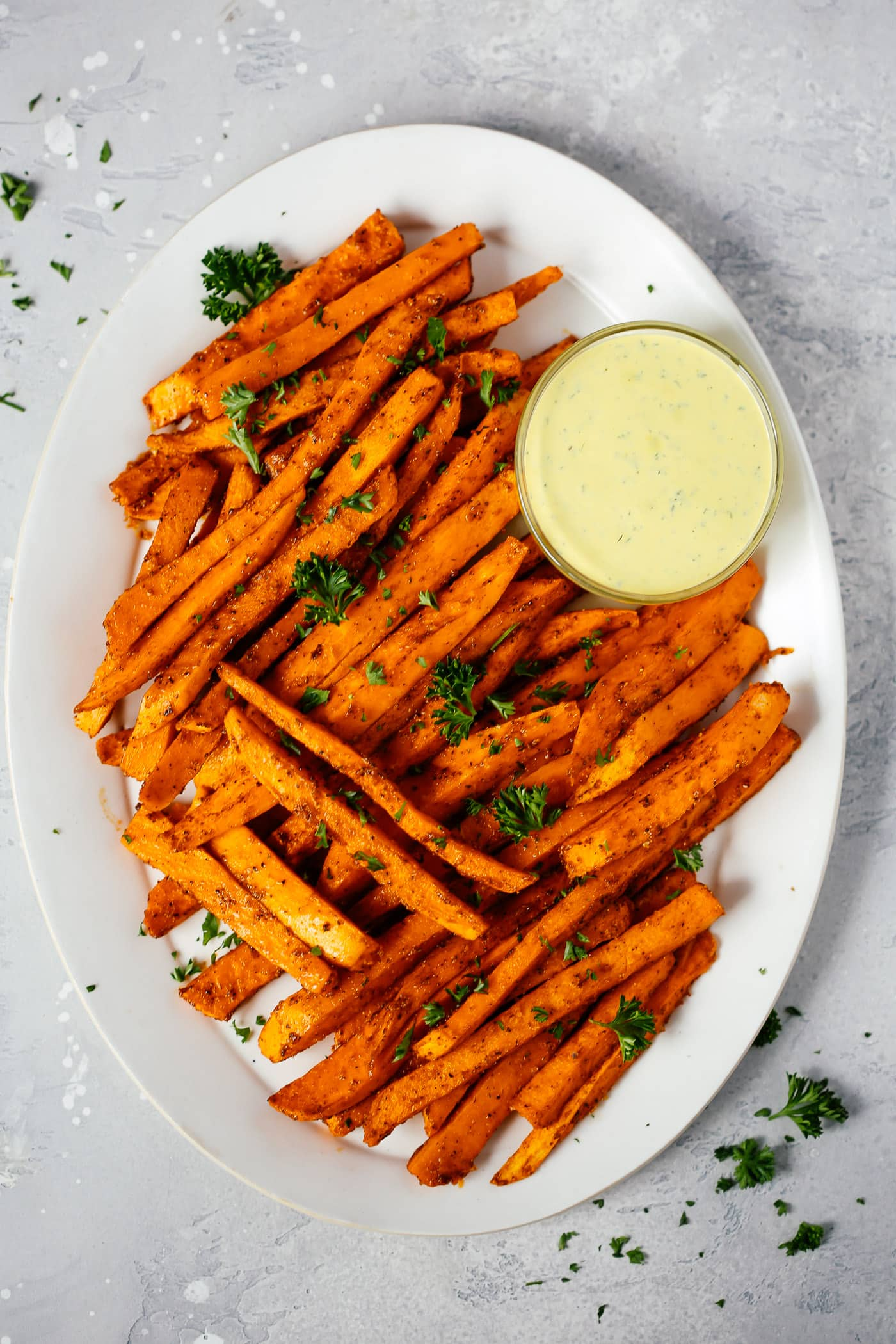 Spicy Baked Sweet Potato Fries Recipe - Primavera Kitchen