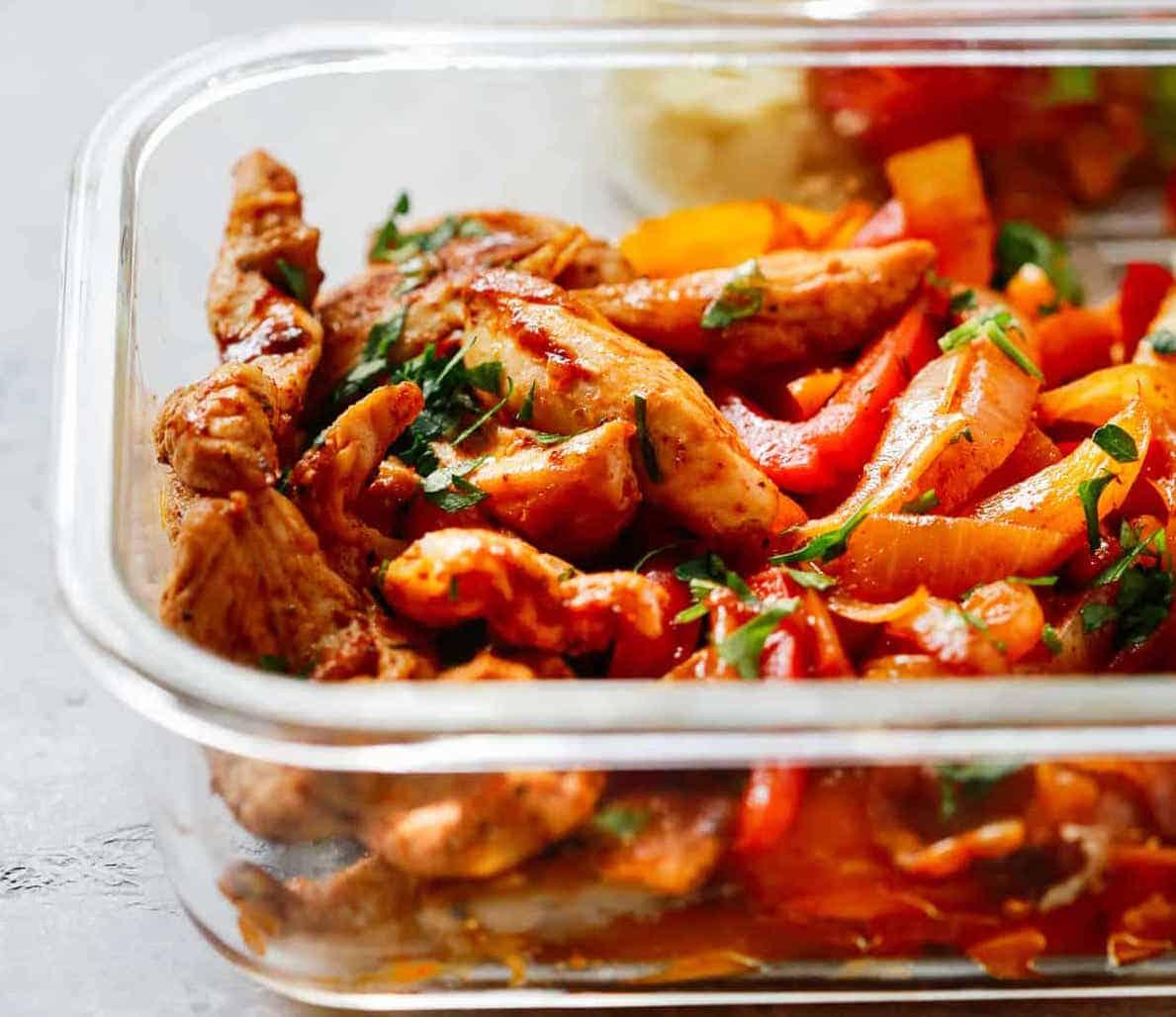 Chicken Fajita Meal Prep Bowls