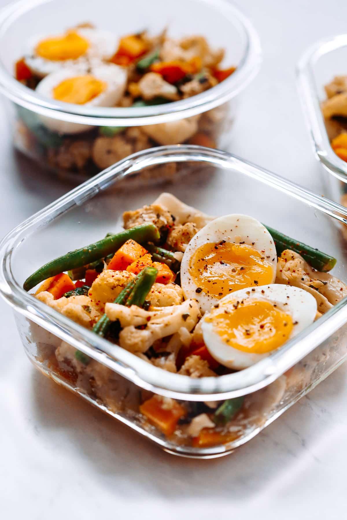 Easy Vegetarian Meal-Prep Bowls (Paleo, Gluten-free & Whoel30)