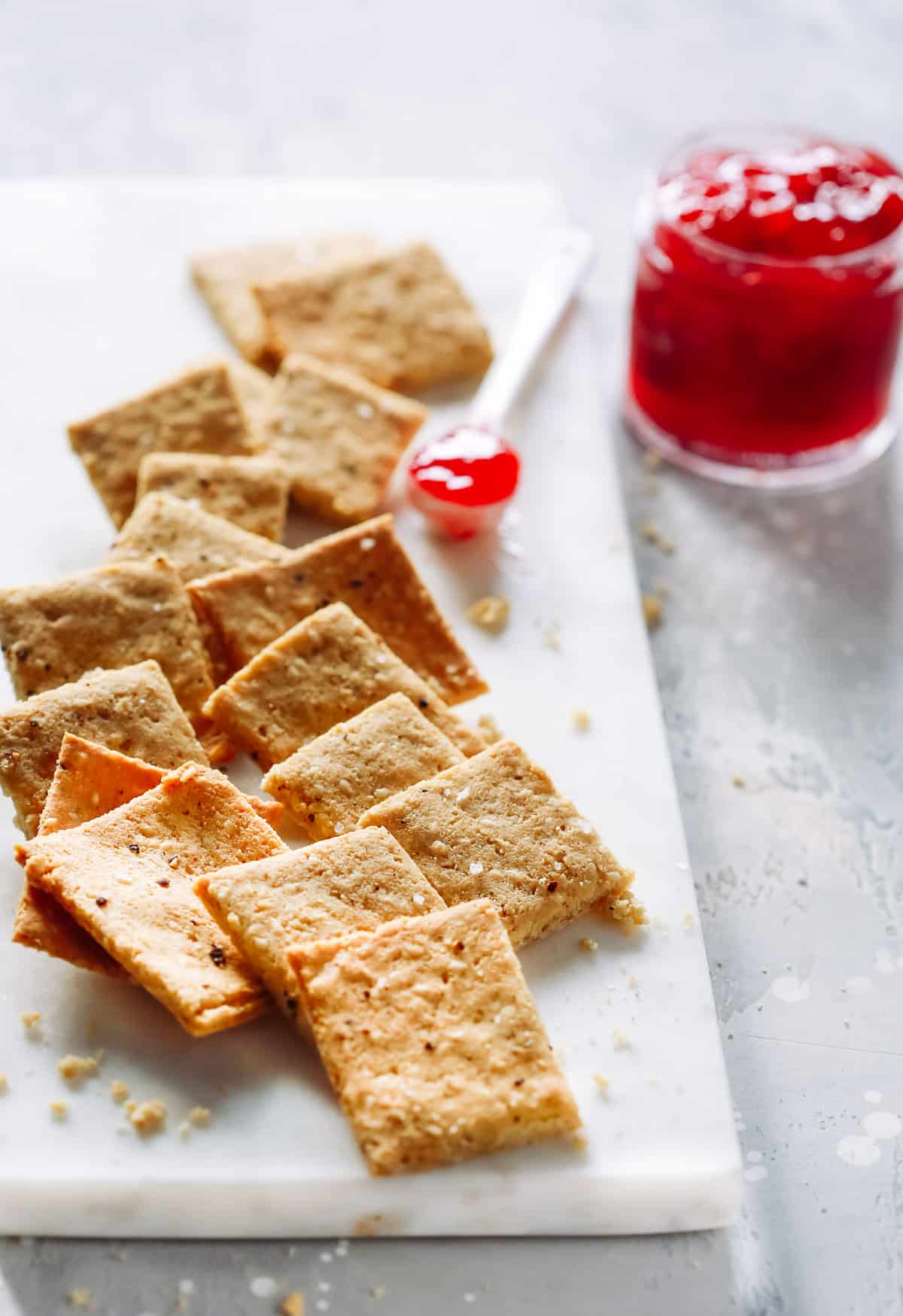 Low-Carb Almond Flour Crackers